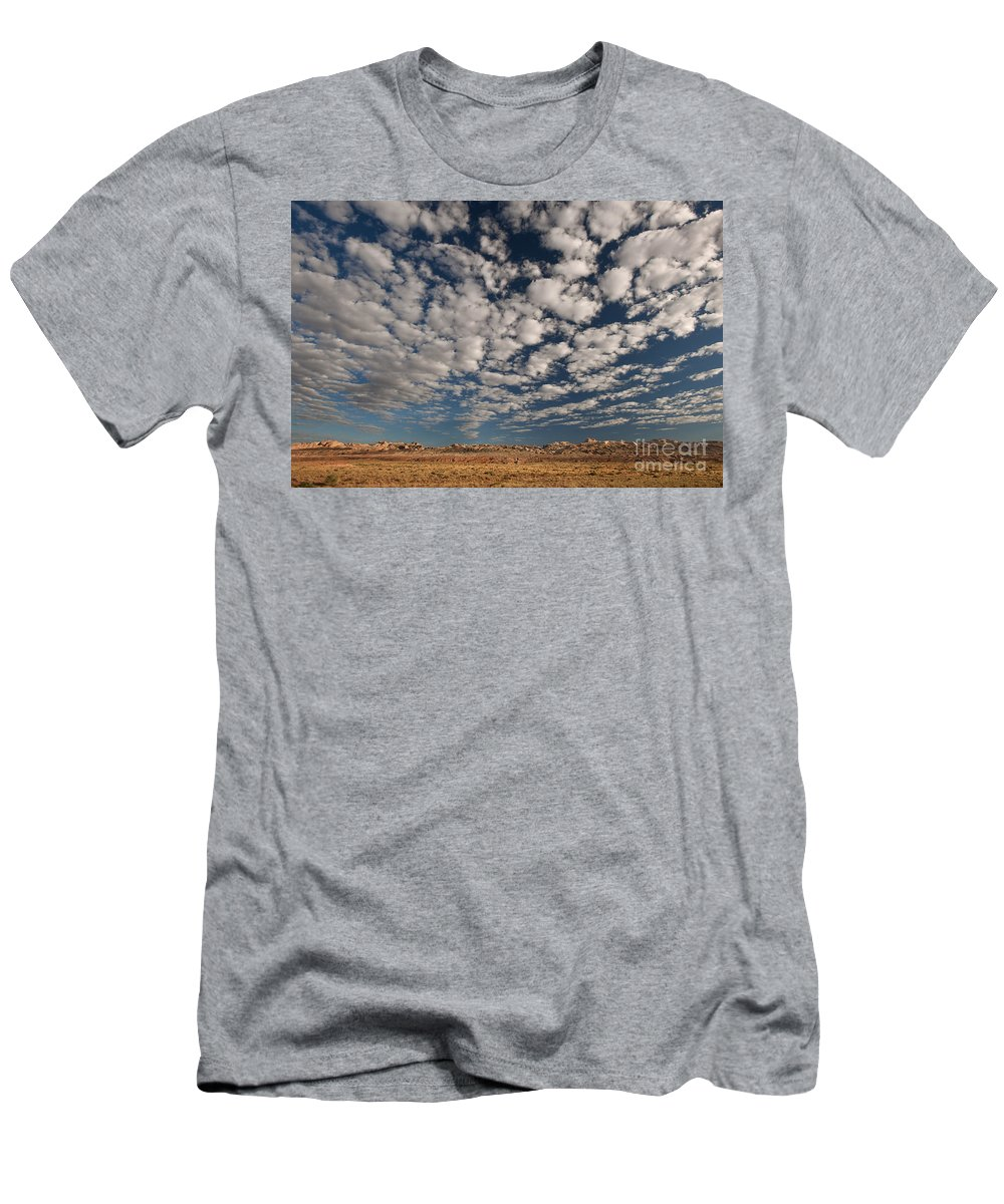 North America Men's T-Shirt (Athletic Fit) featuring the photograph San Rafael Swell Near Goblin Valley Utah by Dave Welling
