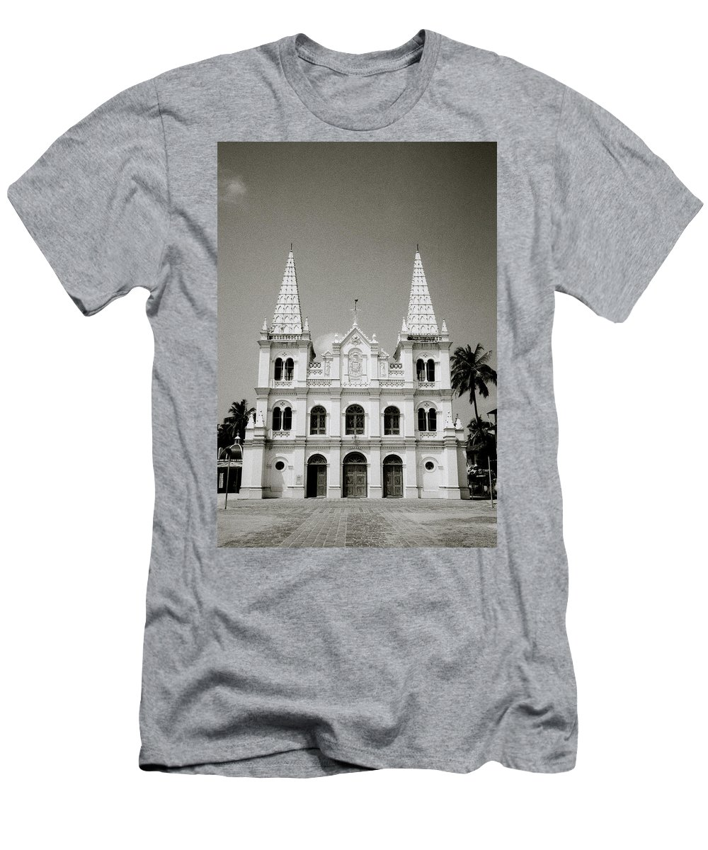 India Men's T-Shirt (Athletic Fit) featuring the photograph Santa Cruz Basilica In Cochin by Shaun Higson