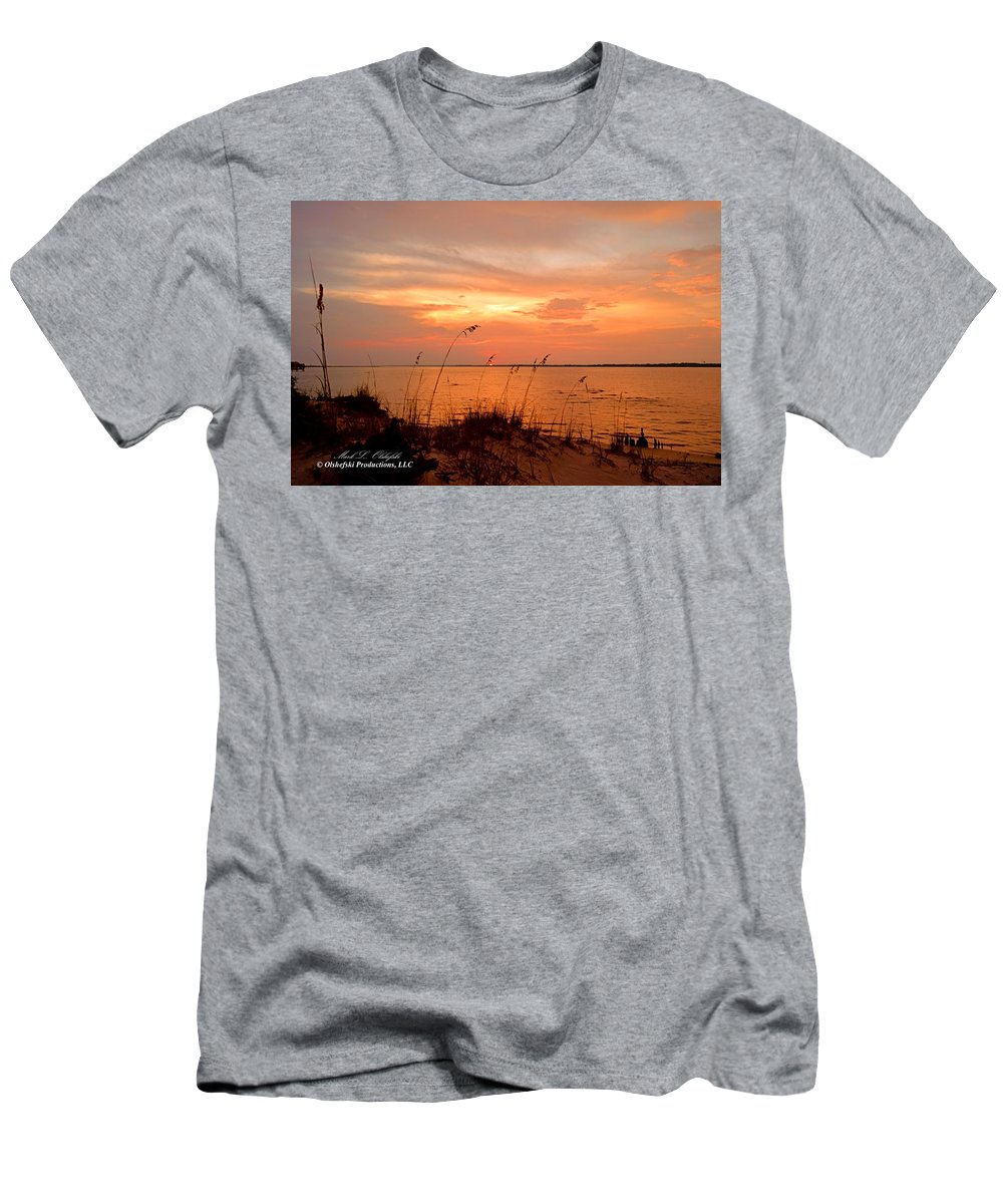 Sunset Men's T-Shirt (Athletic Fit) featuring the photograph Sea Oats Sunset by Mark Olshefski