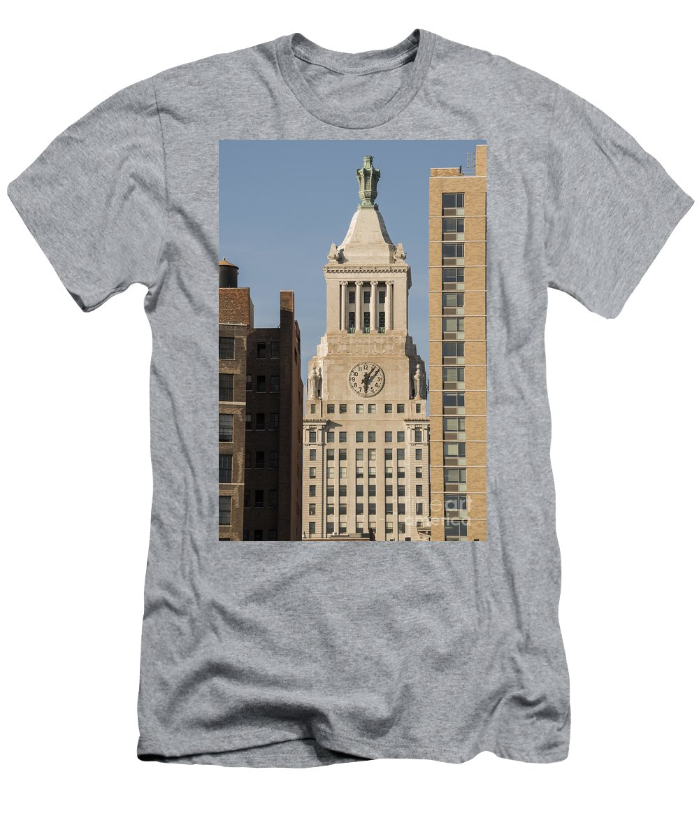 Con Edison Clock Tower New York City Cityscape Cityscapes Building Buildings Architecture Cities Structure Structures Men's T-Shirt (Athletic Fit) featuring the photograph Six 0 Six Pm by Bob Phillips