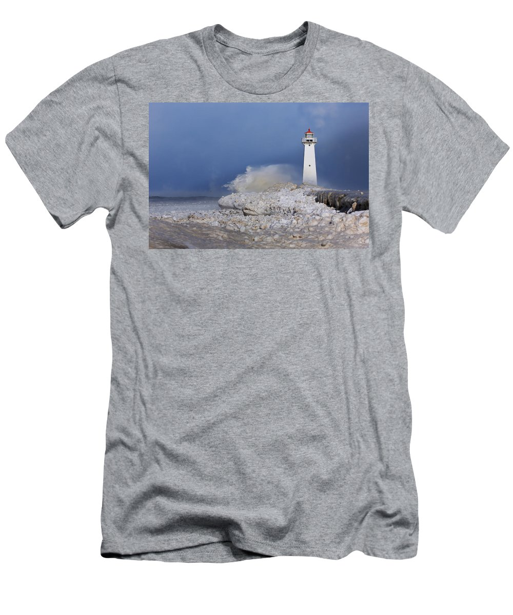 Lighthouse Men's T-Shirt (Athletic Fit) featuring the photograph Sodus Bay Lighthouse by Everet Regal