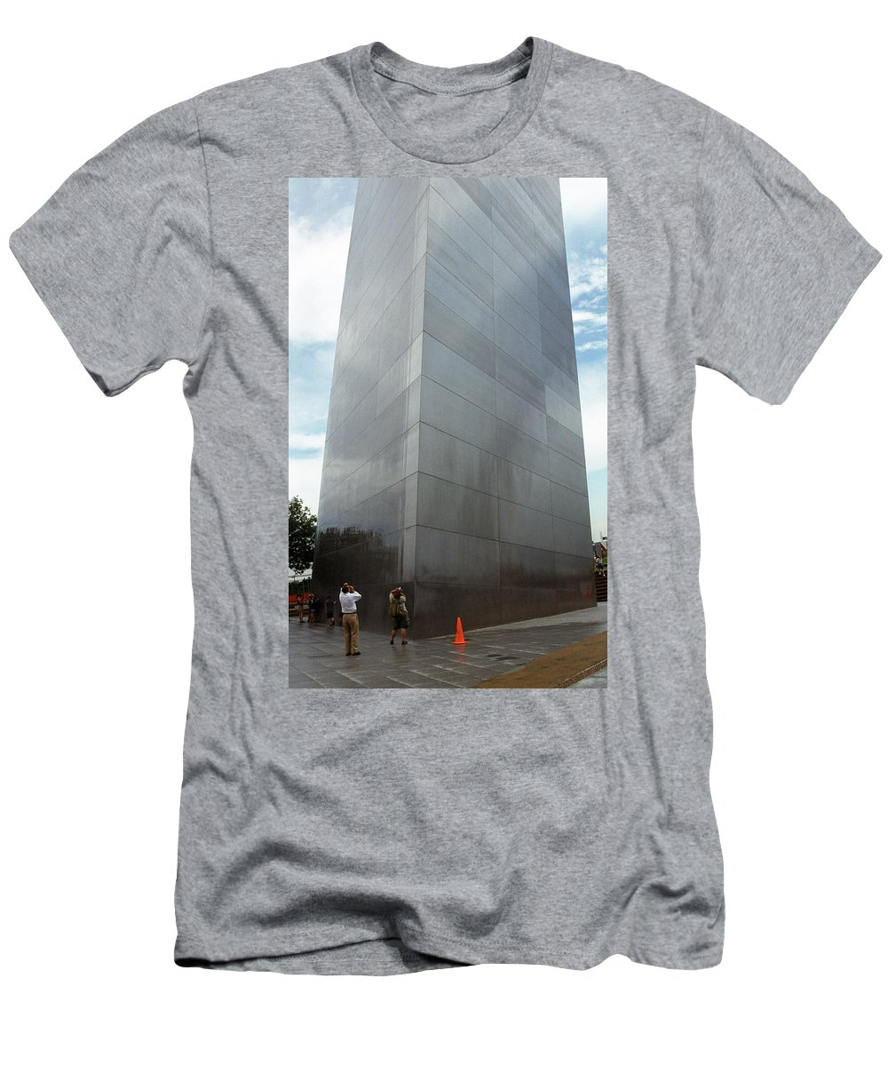 66 Men's T-Shirt (Athletic Fit) featuring the photograph St. Louis - Gateway Arch 5 by Frank Romeo