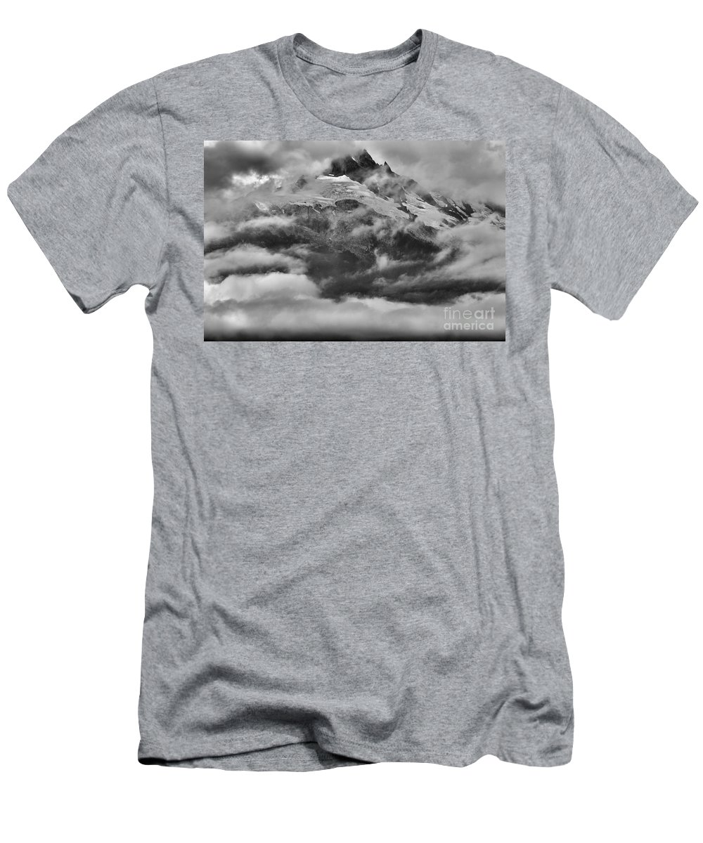 Tantalus Men's T-Shirt (Athletic Fit) featuring the photograph Tantalus Mountain Storms by Adam Jewell