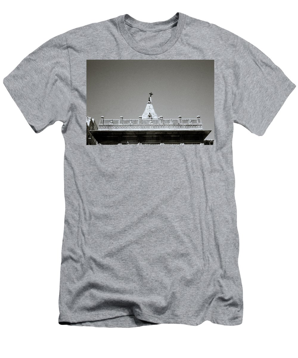 Religion Men's T-Shirt (Athletic Fit) featuring the photograph The Hindu Temple by Shaun Higson