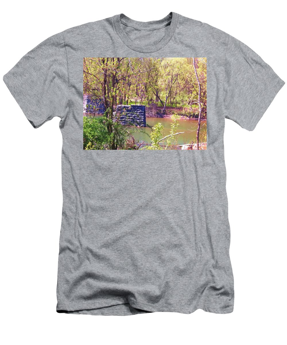Catskill Creek Men's T-Shirt (Athletic Fit) featuring the photograph The Once And Former Bridge by Ellen Levinson