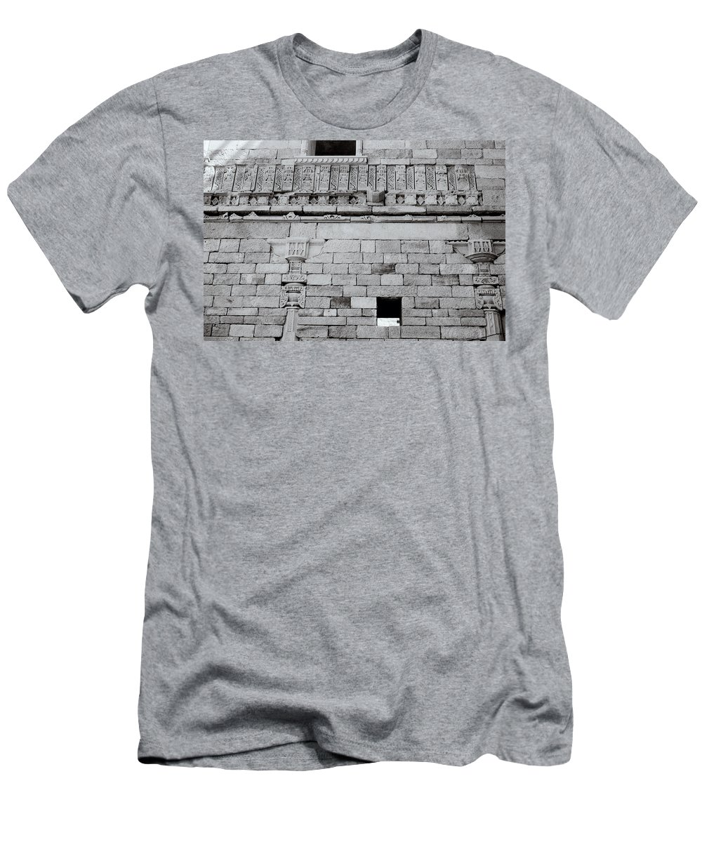 India Men's T-Shirt (Athletic Fit) featuring the photograph The Rajput Wall by Shaun Higson