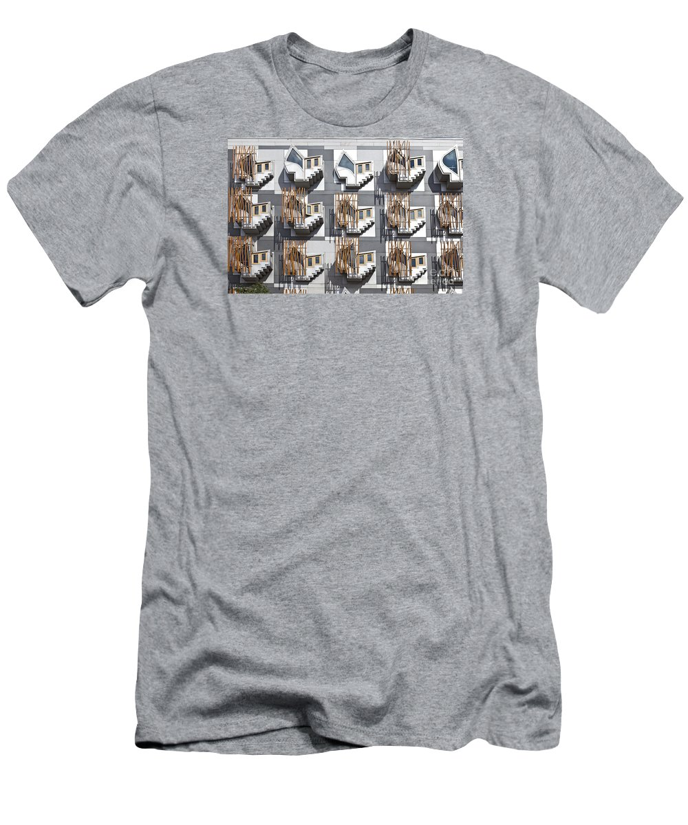 Thinking Pods Men's T-Shirt (Athletic Fit) featuring the photograph Thinking Pods by Liz Leyden