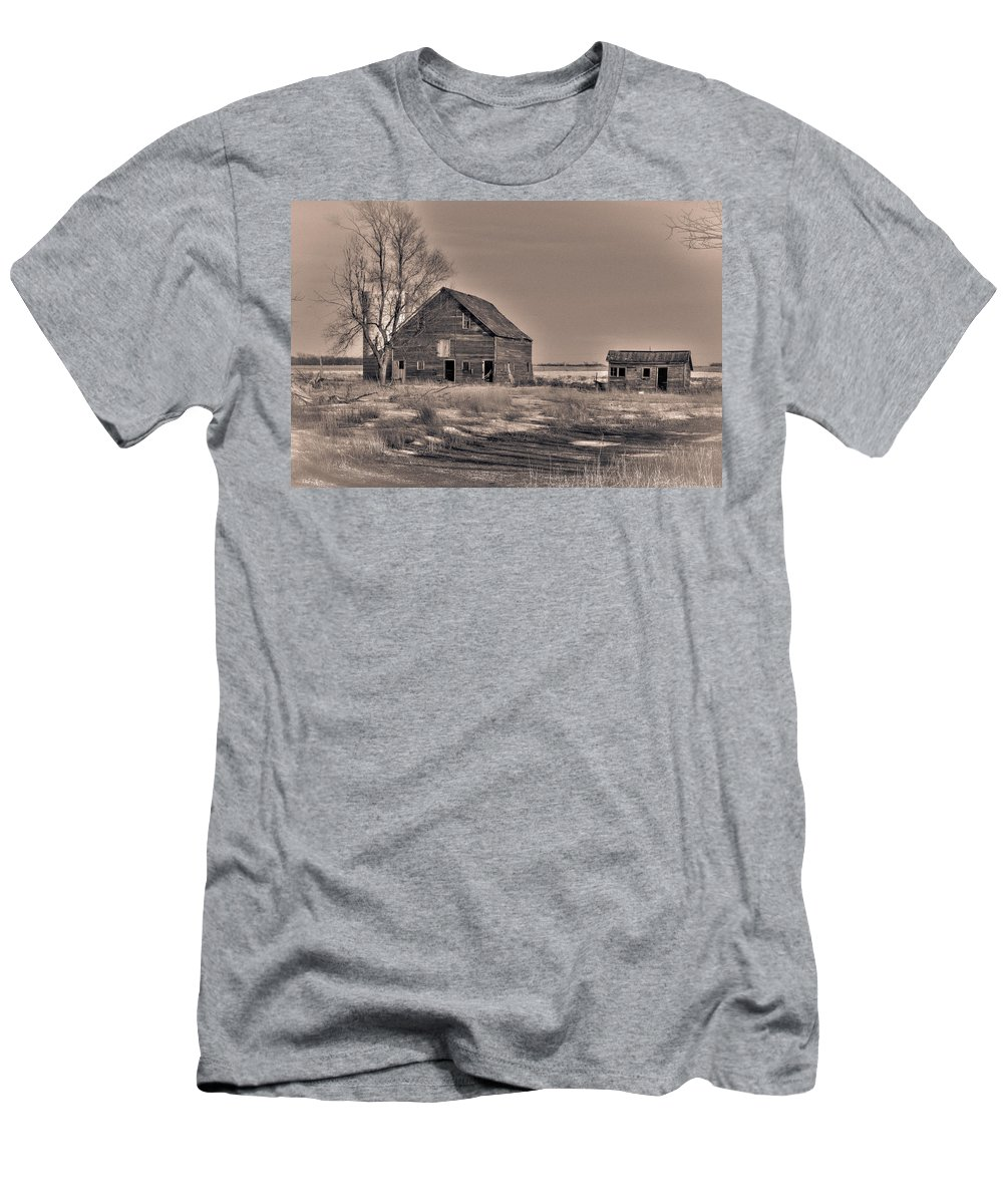 South Dakota Men's T-Shirt (Athletic Fit) featuring the photograph Three Views - 1 by M Dale