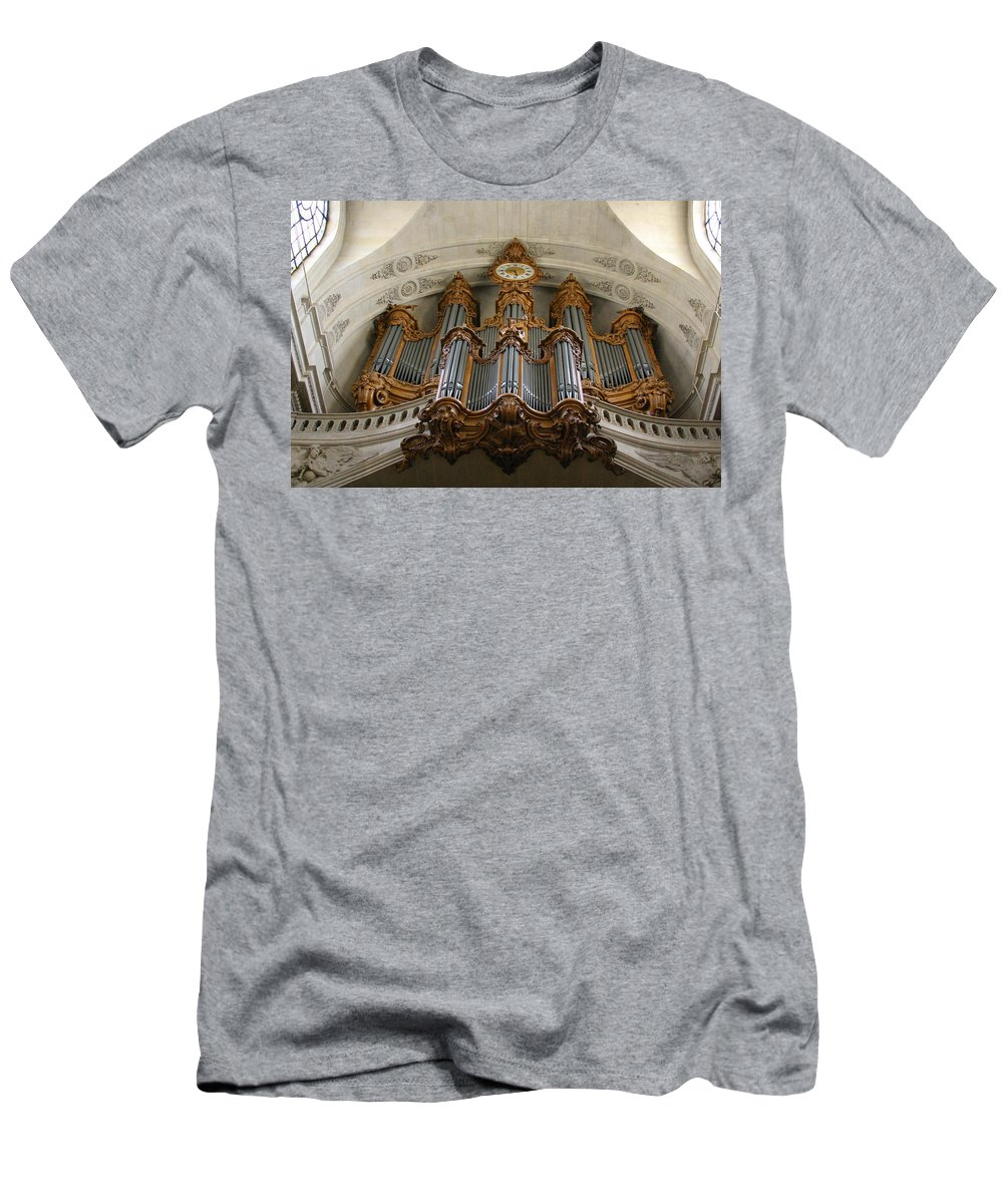 Orgue Men's T-Shirt (Athletic Fit) featuring the photograph Towering Above by Jenny Setchell