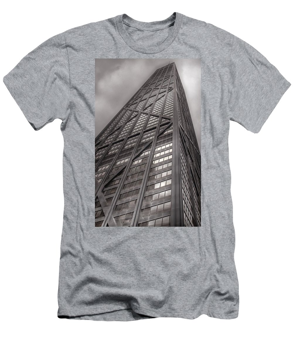 Chicago Men's T-Shirt (Athletic Fit) featuring the photograph Towering John Handcock Building by Ken Smith