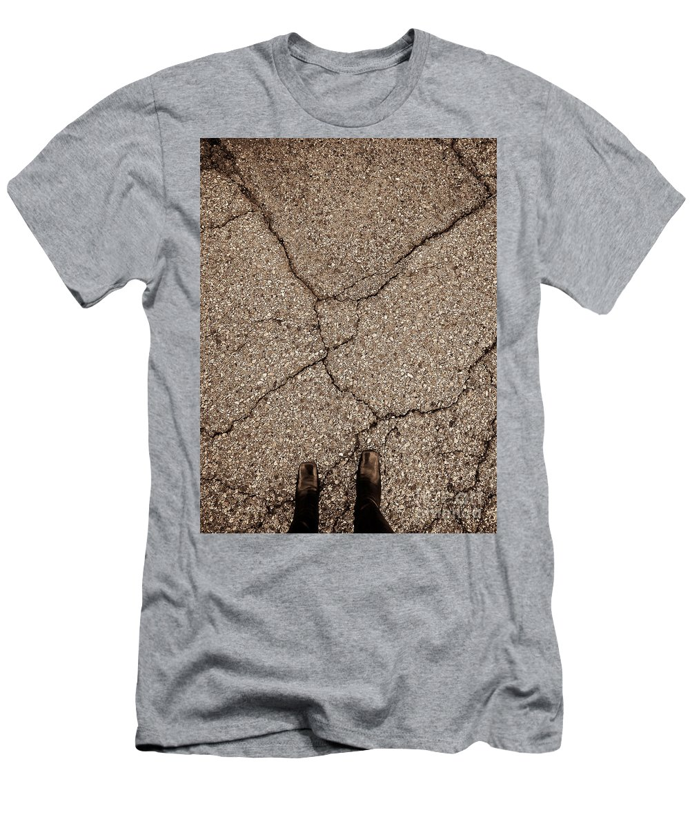 Abstract Men's T-Shirt (Athletic Fit) featuring the photograph Unlatched Page by Fei A