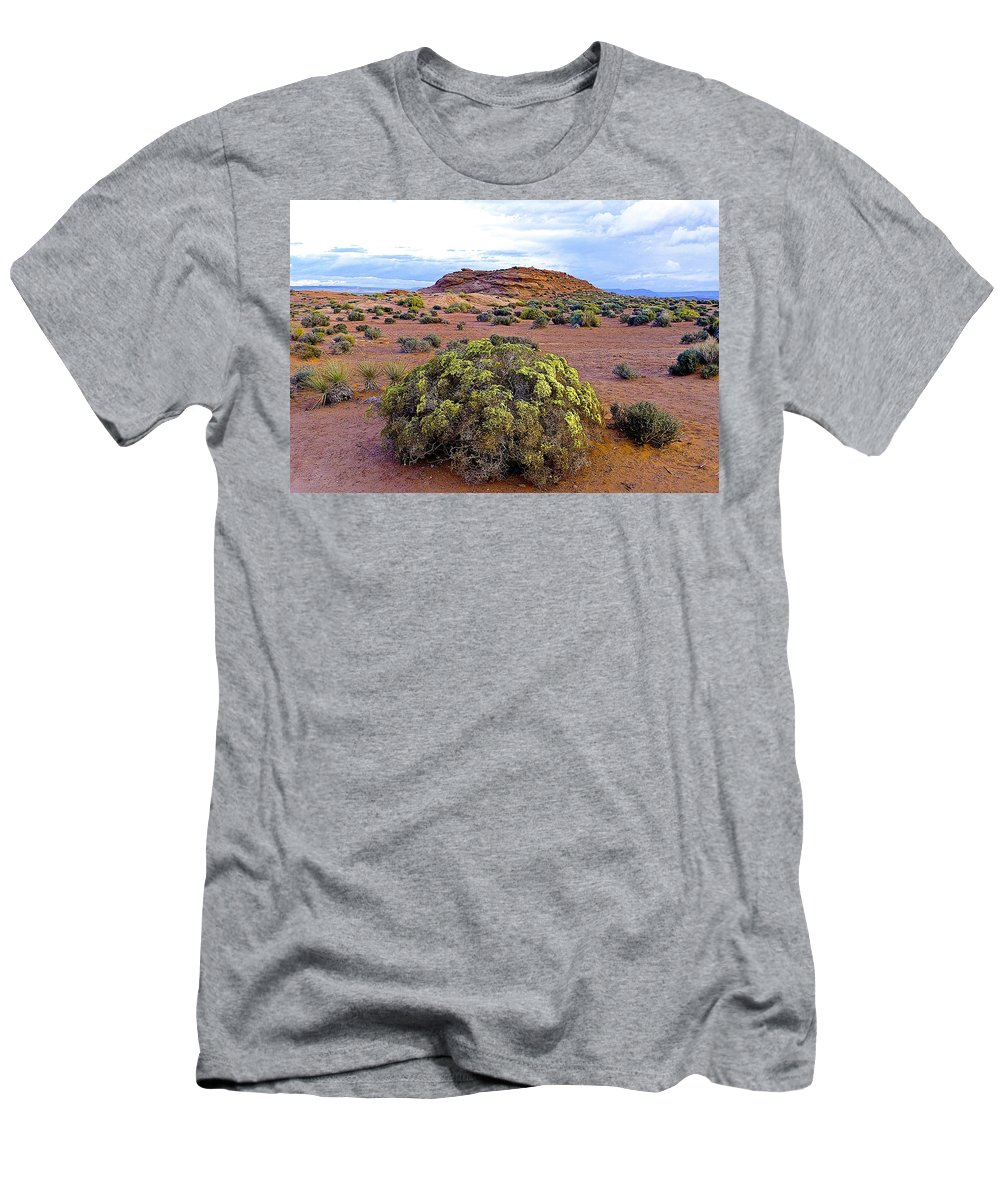Arizona Men's T-Shirt (Athletic Fit) featuring the photograph Walk To Horseshoe Bend by Barbara Zahno