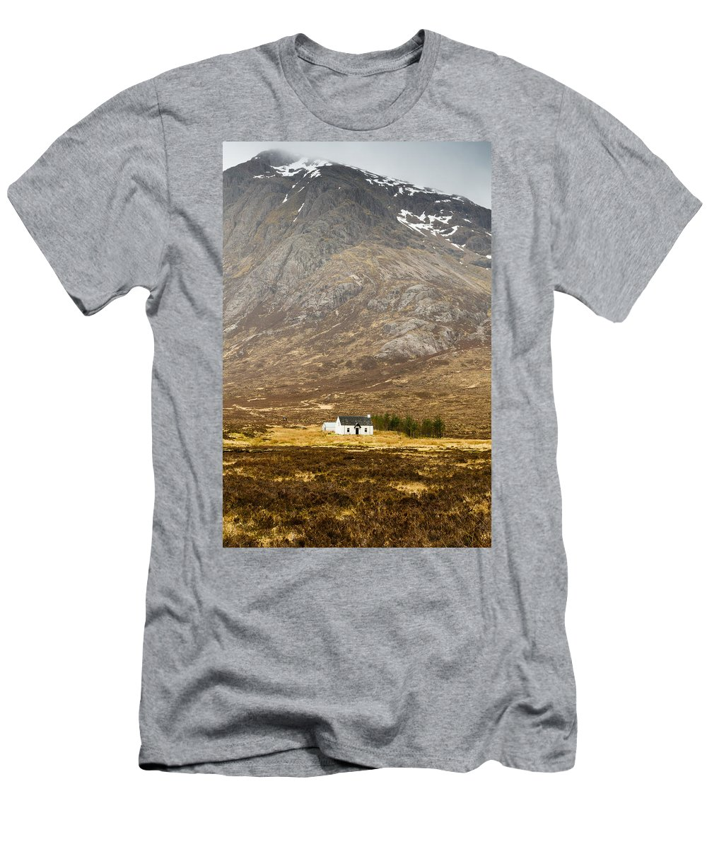 Altnafeadh Men's T-Shirt (Athletic Fit) featuring the photograph White Hut Under Stob Dearg by David Head