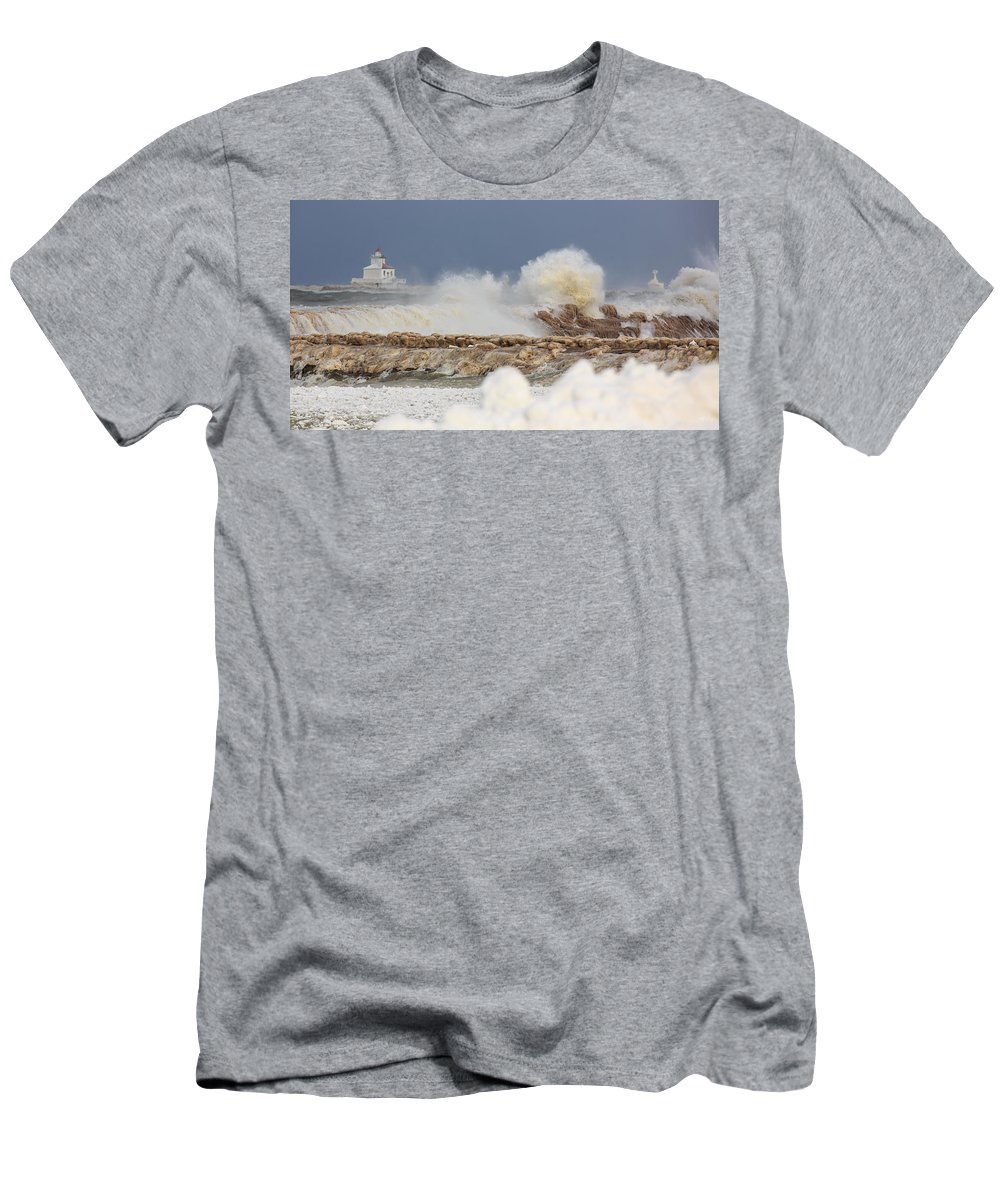 Lighthouse Men's T-Shirt (Athletic Fit) featuring the photograph Wind And Ice by Everet Regal