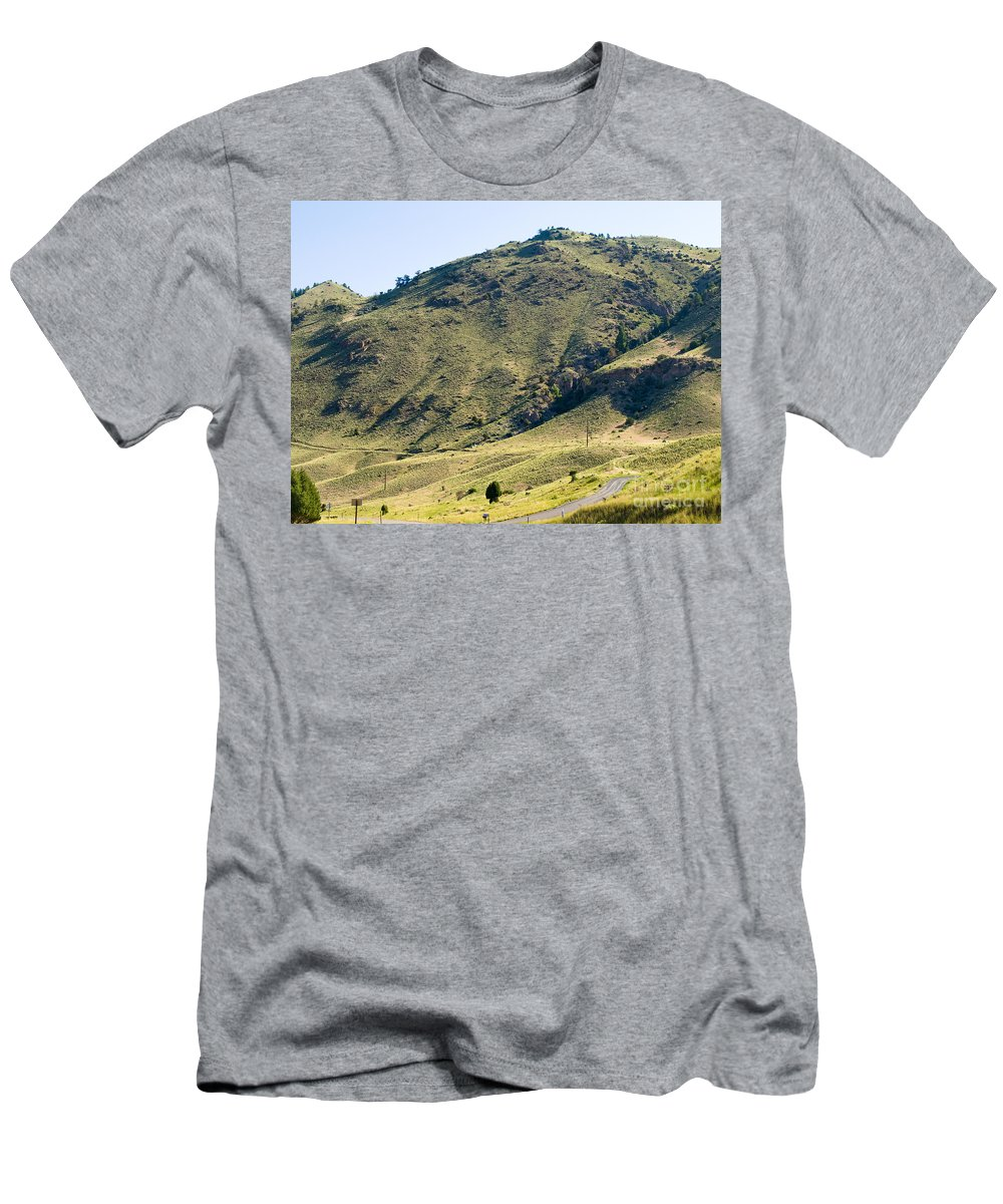 Montana Men's T-Shirt (Athletic Fit) featuring the photograph Winding Road by Tara Lynn