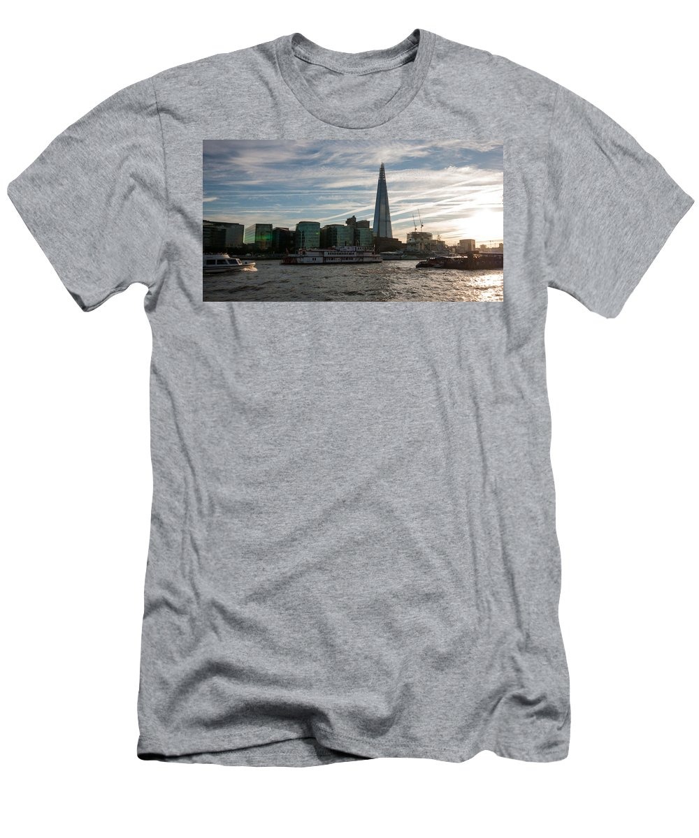 River Thames Men's T-Shirt (Athletic Fit) featuring the photograph London Skyline Sunset by Dawn OConnor