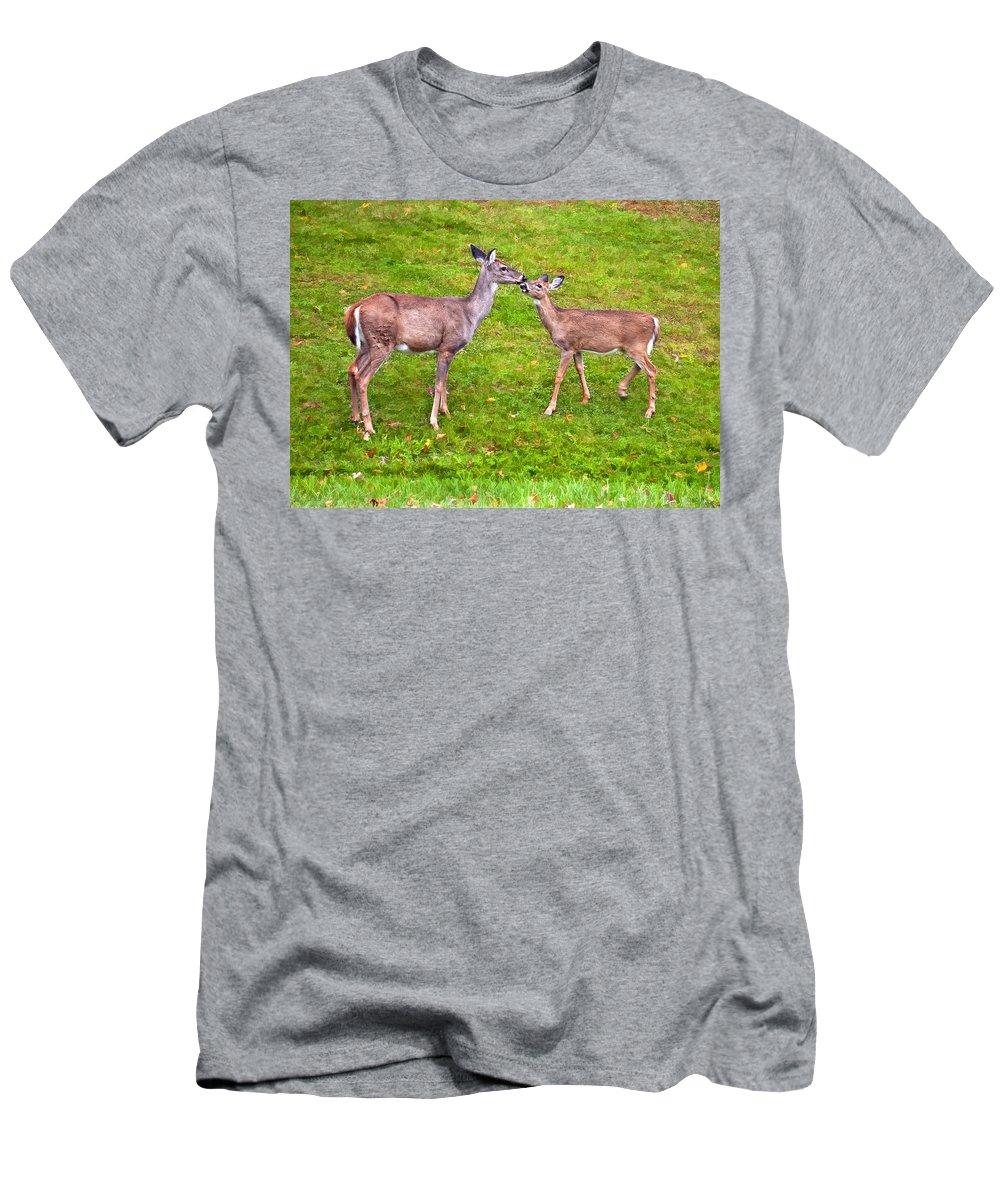 West Virginia T-Shirt featuring the photograph A Kiss For Mom by Steve Harrington
