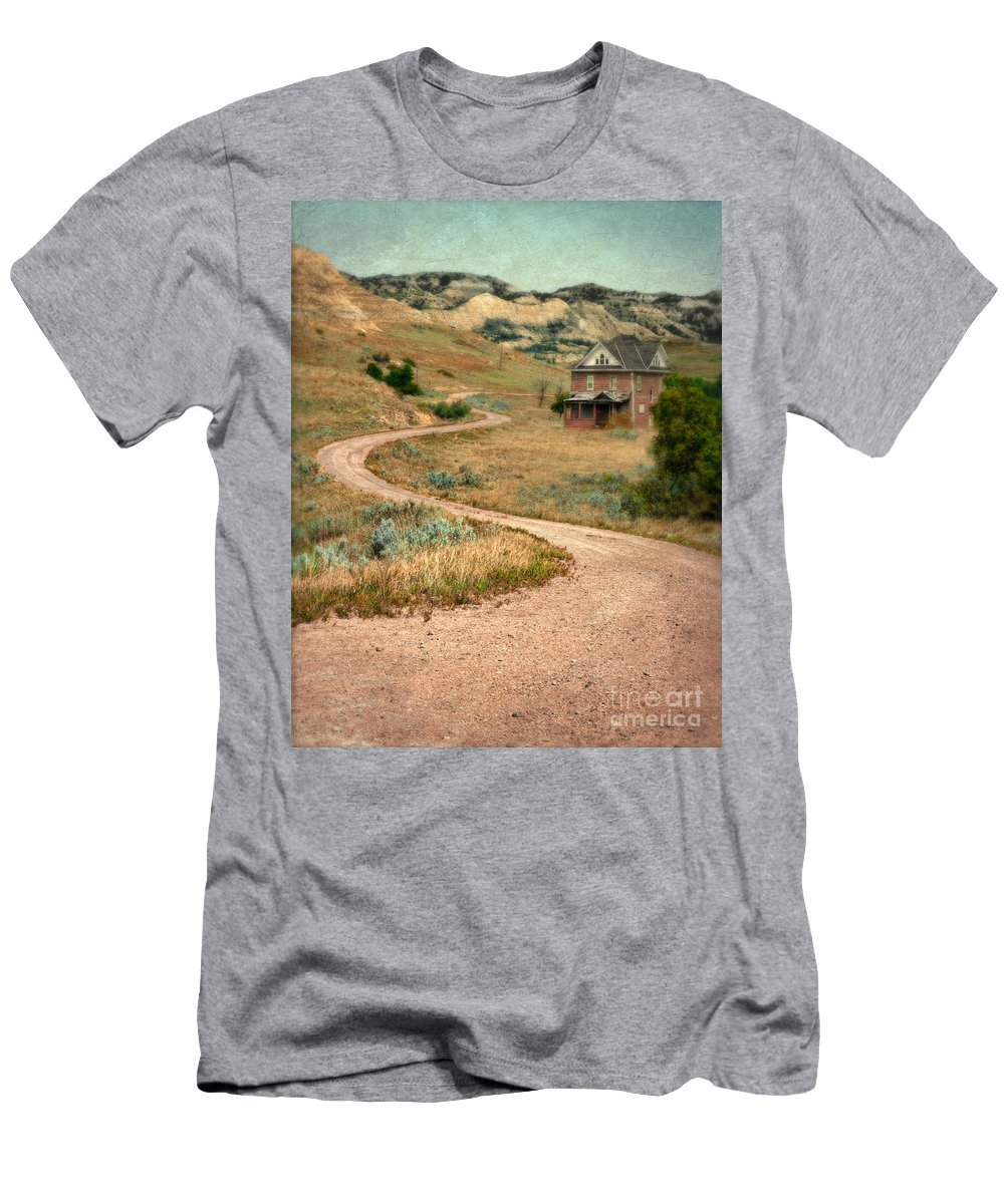 Abandoned Men's T-Shirt (Athletic Fit) featuring the photograph Abandoned House On Dirt Road by Jill Battaglia
