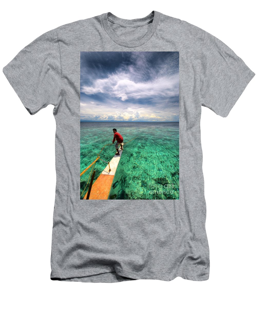Yhun Suarez Men's T-Shirt (Athletic Fit) featuring the photograph Anchor's Away by Yhun Suarez