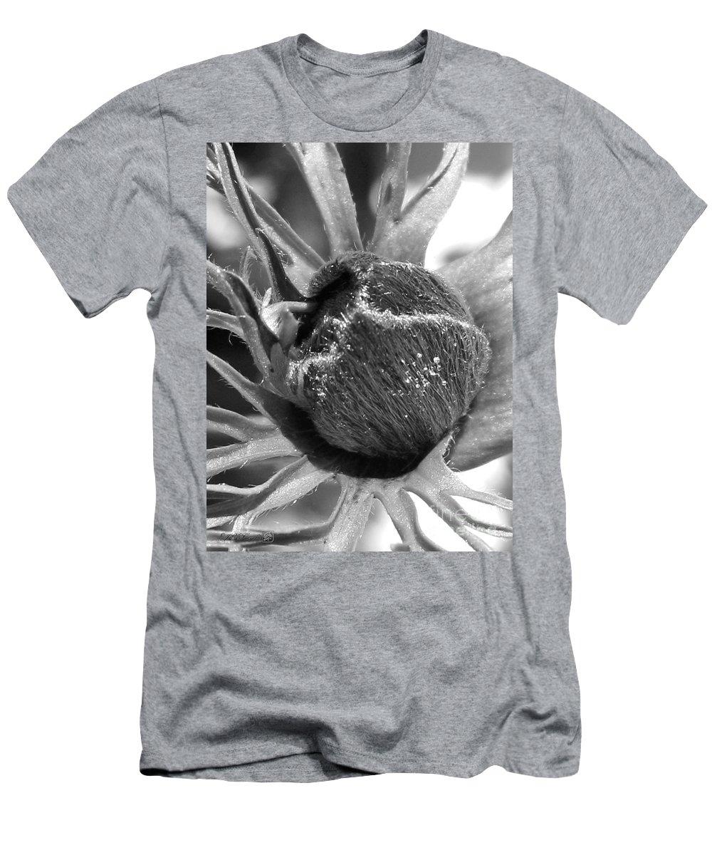 Anemone De Caen Men's T-Shirt (Athletic Fit) featuring the photograph Anemone De Caen Or Poppy Anemone by J McCombie