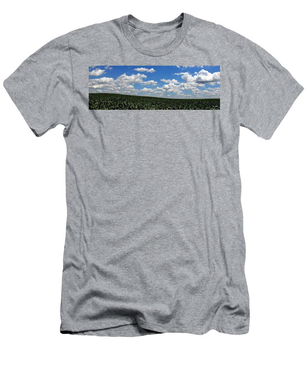 Backbone Of America Men's T-Shirt (Athletic Fit) featuring the photograph Backbone Of America by Ed Smith