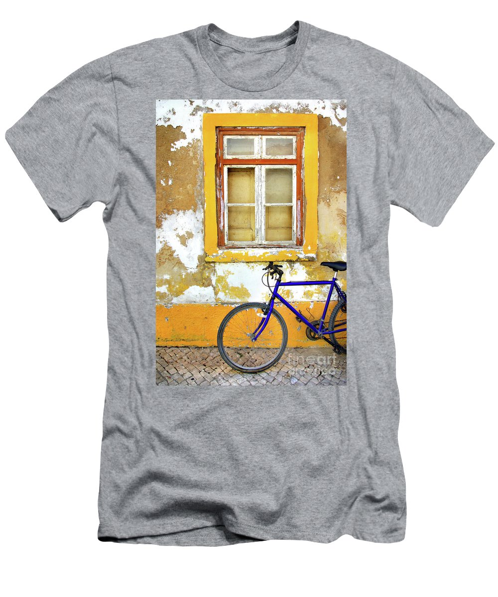 Aged Men's T-Shirt (Athletic Fit) featuring the photograph Bike Window by Carlos Caetano