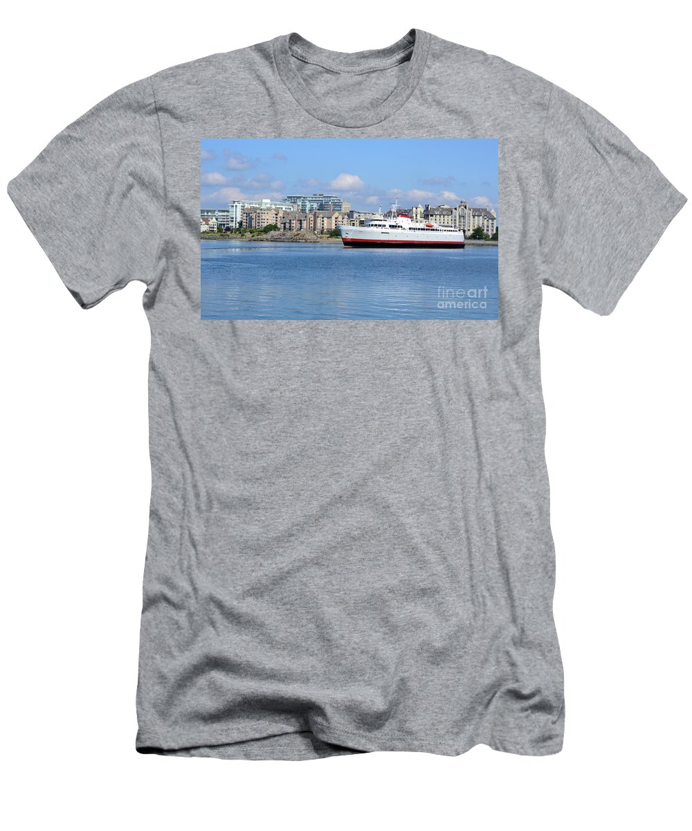 British Columbia Men's T-Shirt (Athletic Fit) featuring the photograph Blue Skies by Traci Cottingham