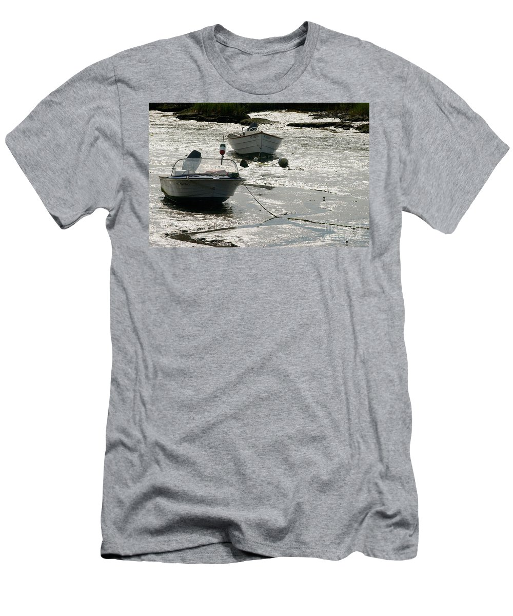 Scenic Men's T-Shirt (Athletic Fit) featuring the photograph boats at low tide in Cape Cod by Matt Suess