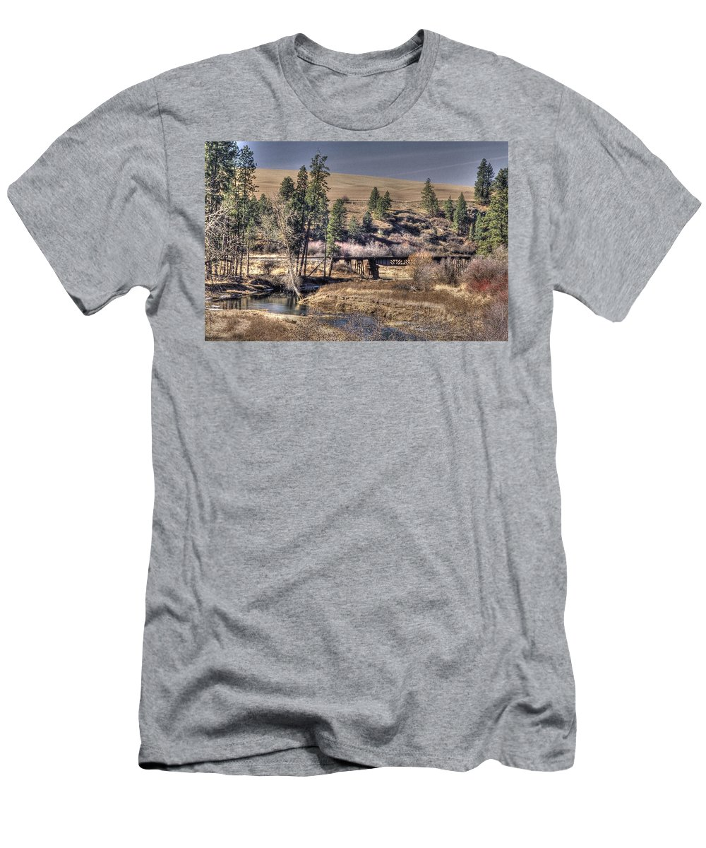 Landcape Men's T-Shirt (Athletic Fit) featuring the photograph Bridge Over A Creek by One Rude Dawg Orcutt