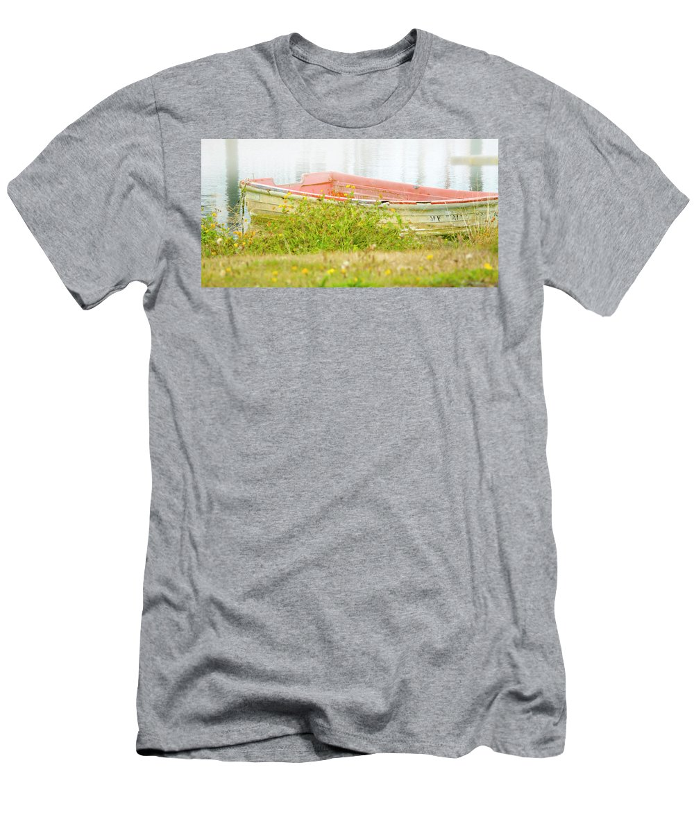 Washington Coast Men's T-Shirt (Athletic Fit) featuring the photograph Brief Respite by Albert Seger