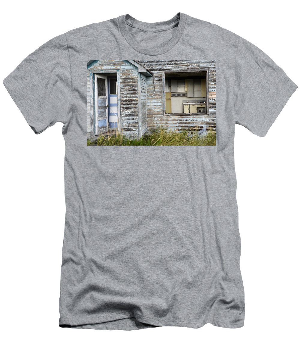 Kitchen Men's T-Shirt (Athletic Fit) featuring the photograph Comes With An Open Kitchen by Bob Christopher