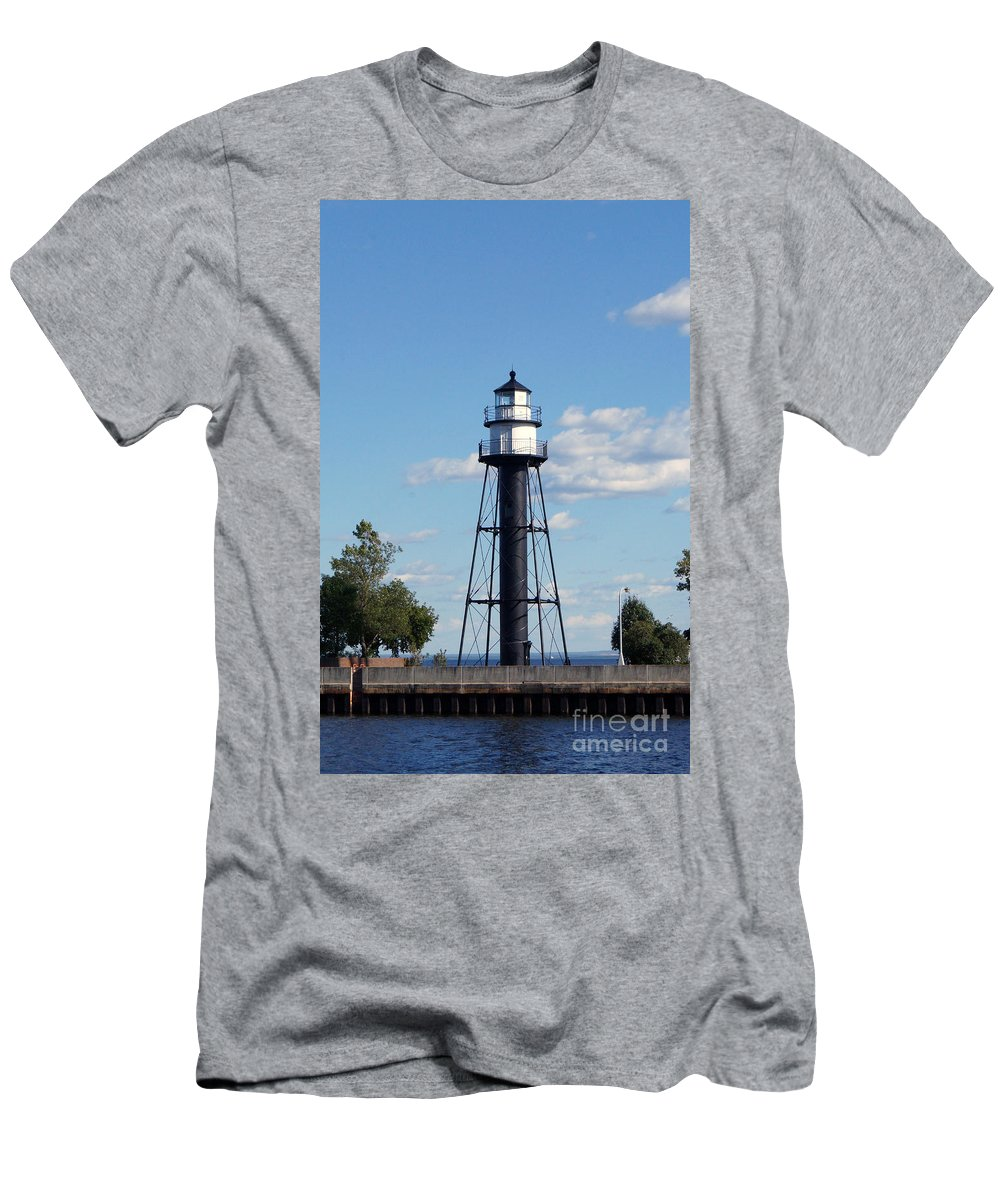 Lighthouses Men's T-Shirt (Athletic Fit) featuring the photograph Duluth Mn Bridge Lighthouse by Lori Tordsen