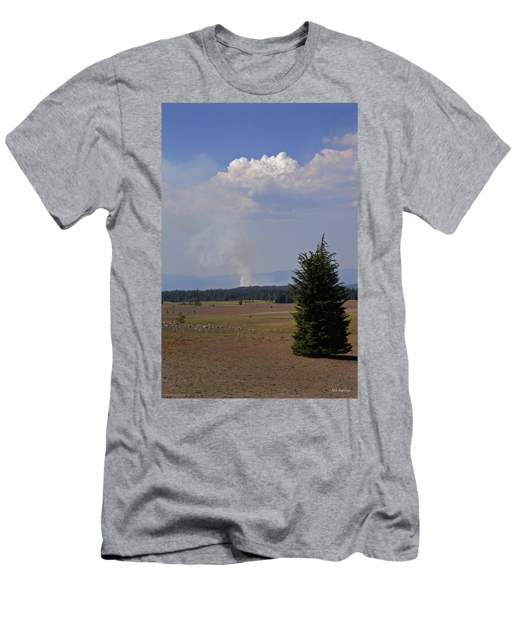 Fire Men's T-Shirt (Athletic Fit) featuring the photograph Fire In The Cascades by Mick Anderson