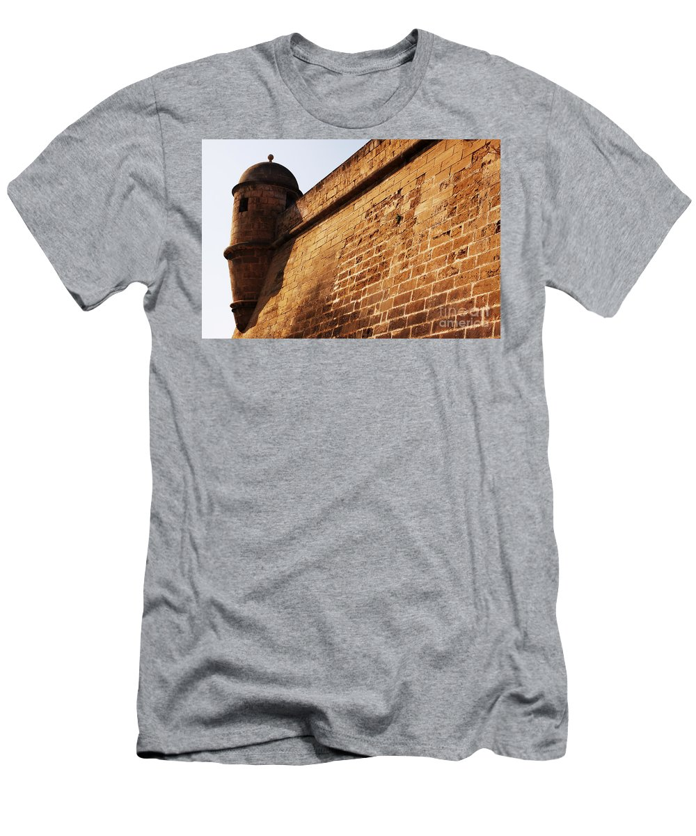 Almena Men's T-Shirt (Athletic Fit) featuring the photograph Fort by Agusti Pardo Rossello