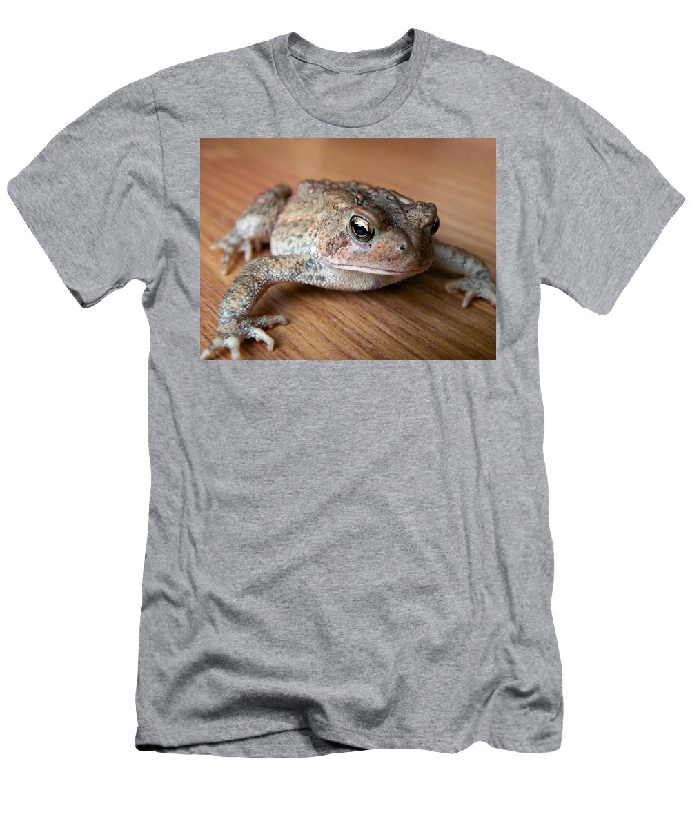 Frog Men's T-Shirt (Athletic Fit) featuring the photograph Freddy by Trish Tritz