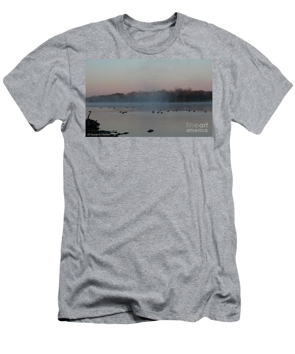 Outdoors Men's T-Shirt (Athletic Fit) featuring the photograph Lake Sunrise by Susan Herber