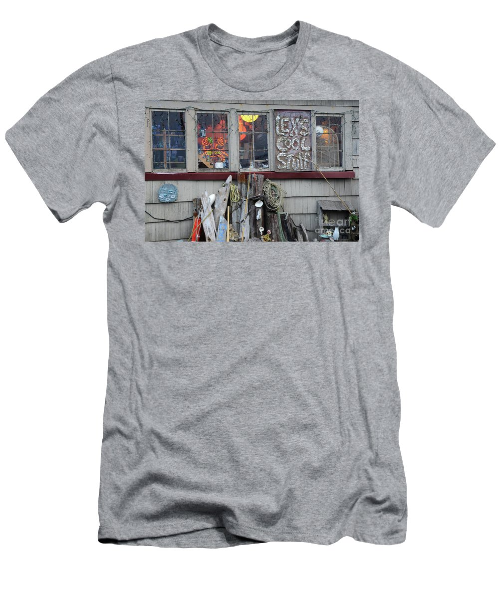 Lex Men's T-Shirt (Athletic Fit) featuring the photograph Lexs Cool Stuff by Bob Christopher