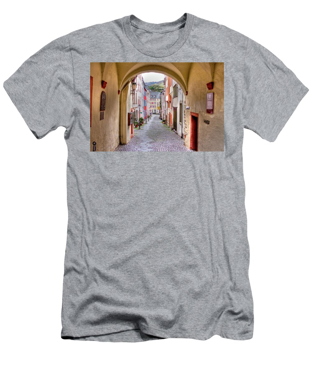 Bernkastel Men's T-Shirt (Athletic Fit) featuring the photograph Looking Through Graach Gate - Colour by Bill Lindsay