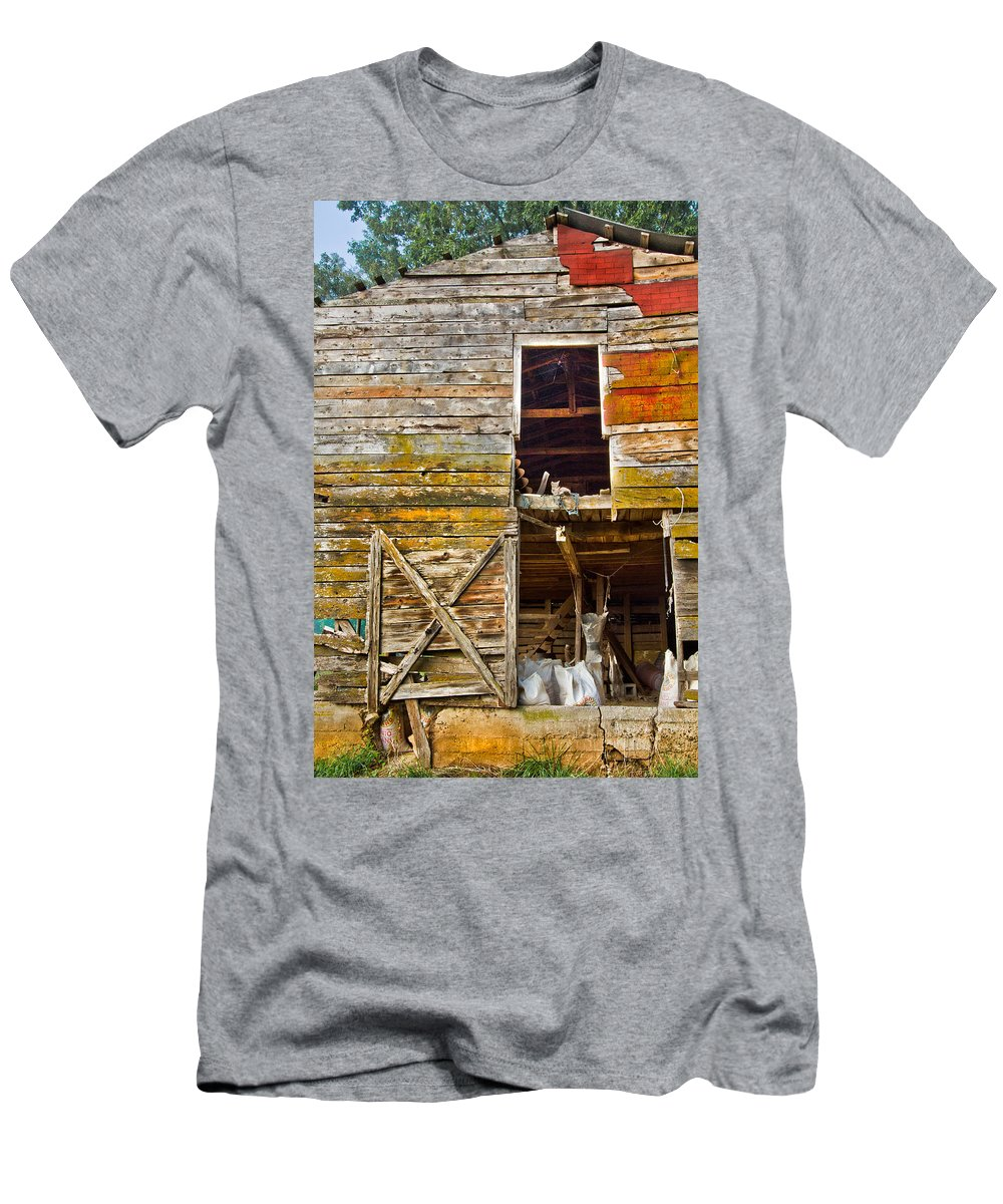 Appalachia Men's T-Shirt (Athletic Fit) featuring the photograph Old Barn Door by Debra and Dave Vanderlaan