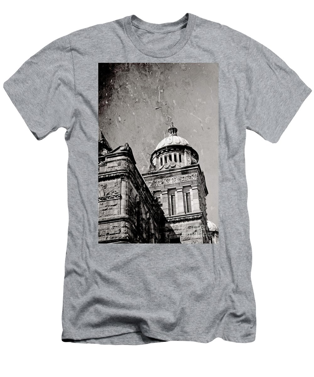 British Columbia Men's T-Shirt (Athletic Fit) featuring the photograph Old Parliament In Bc by Traci Cottingham
