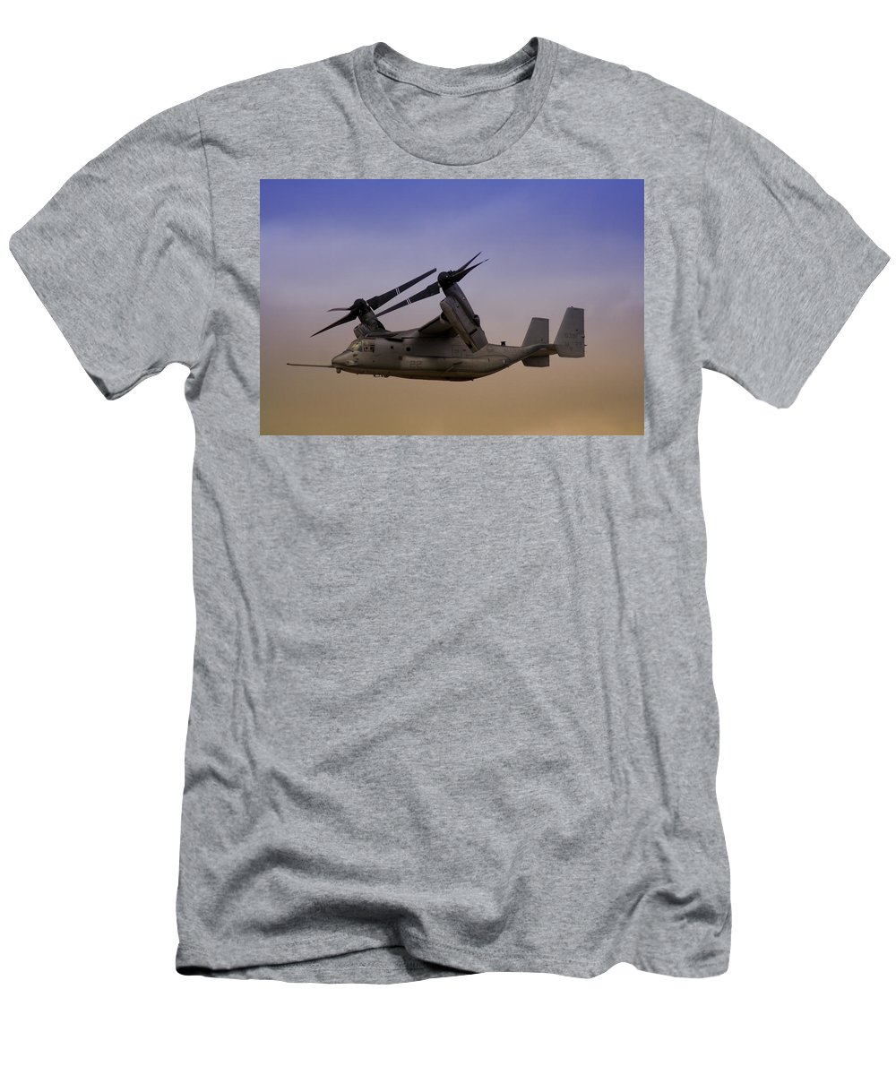 Advanced Men's T-Shirt (Athletic Fit) featuring the photograph Osprey In Flight II by Ricky Barnard