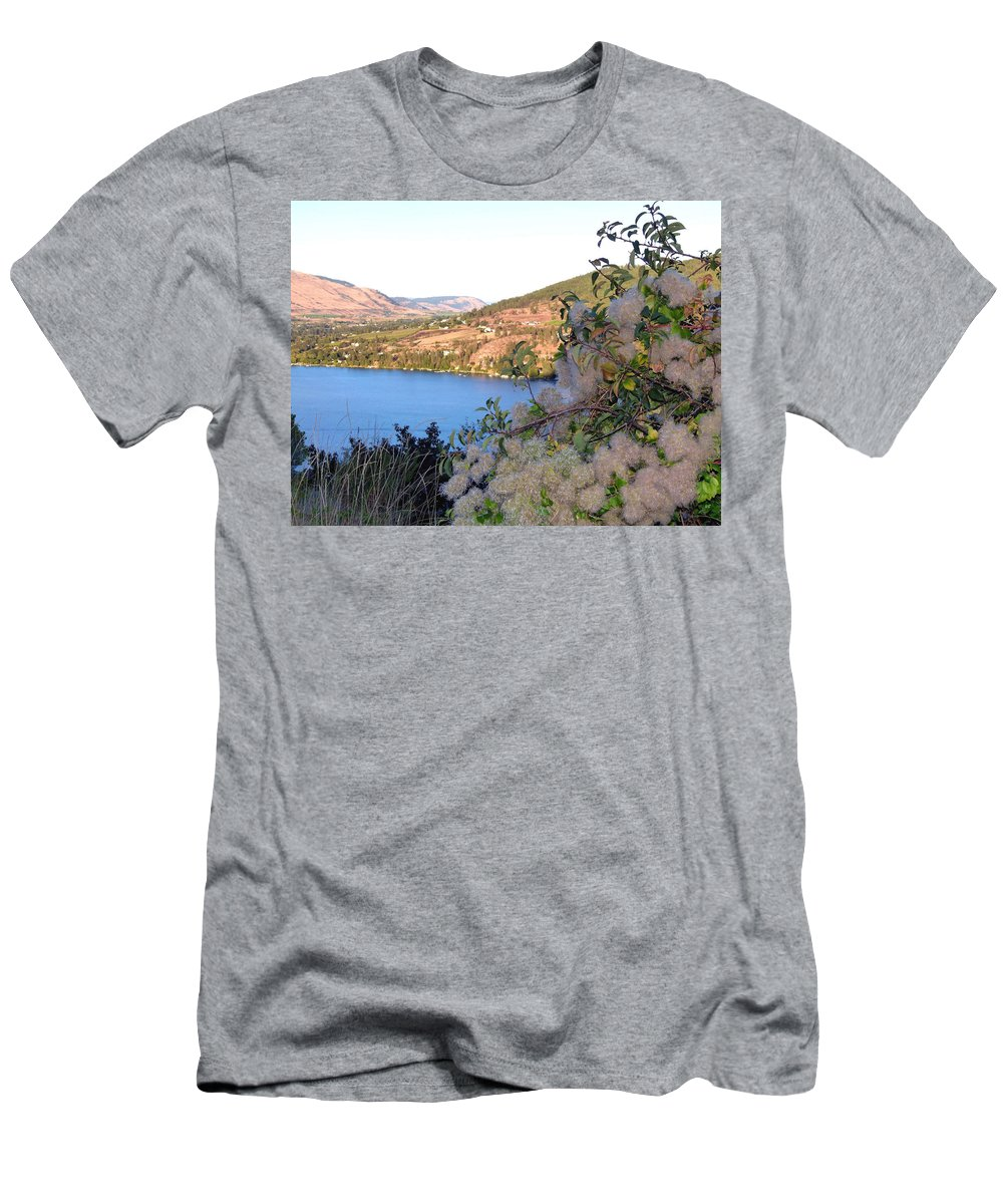 Vista 16 Men's T-Shirt (Athletic Fit) featuring the photograph Vista 16 by Will Borden