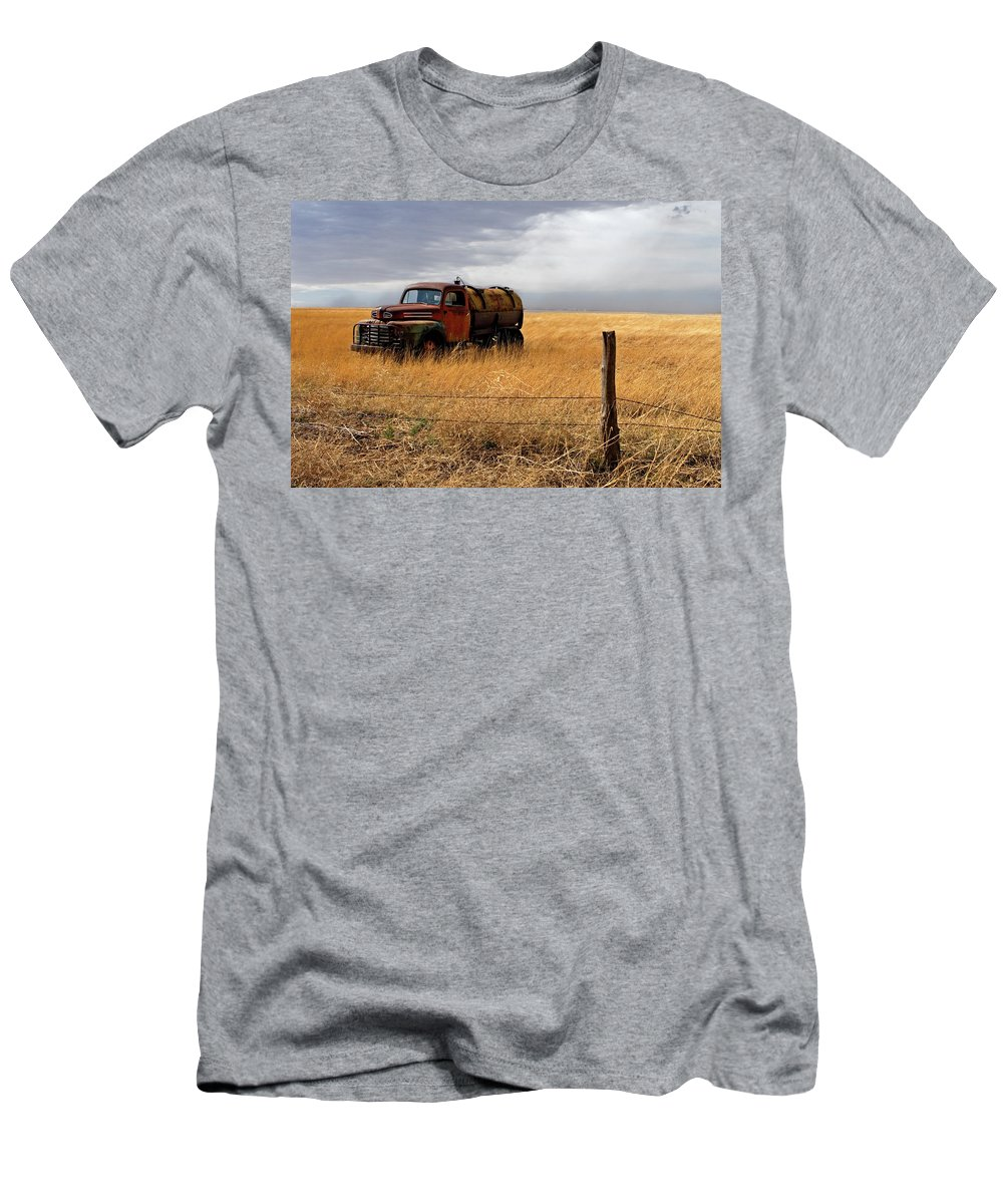 Landscape Men's T-Shirt (Athletic Fit) featuring the photograph Prarie Truck by Peter Tellone
