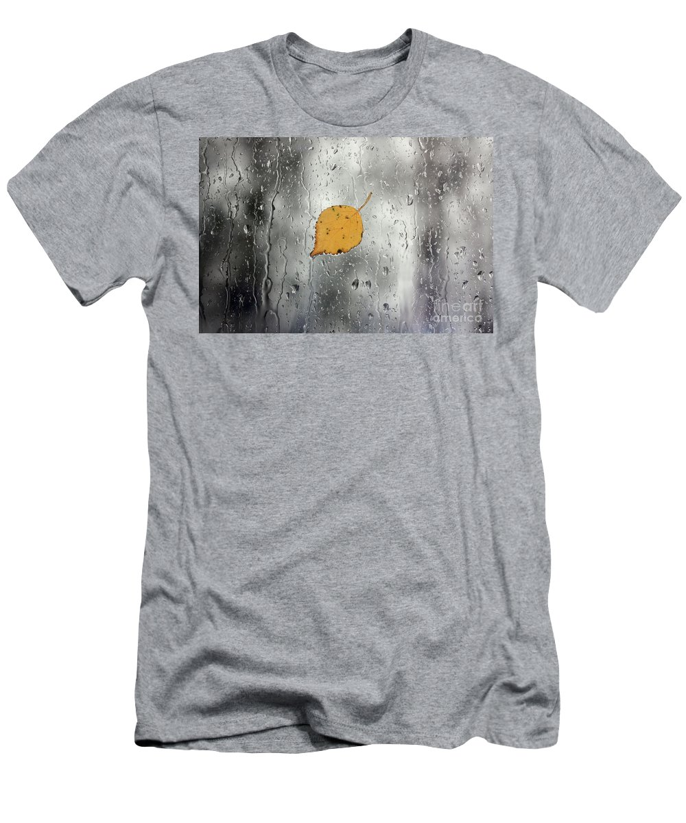 Leaf Men's T-Shirt (Athletic Fit) featuring the photograph Rain On Window With Leaf by Simon Bratt Photography LRPS