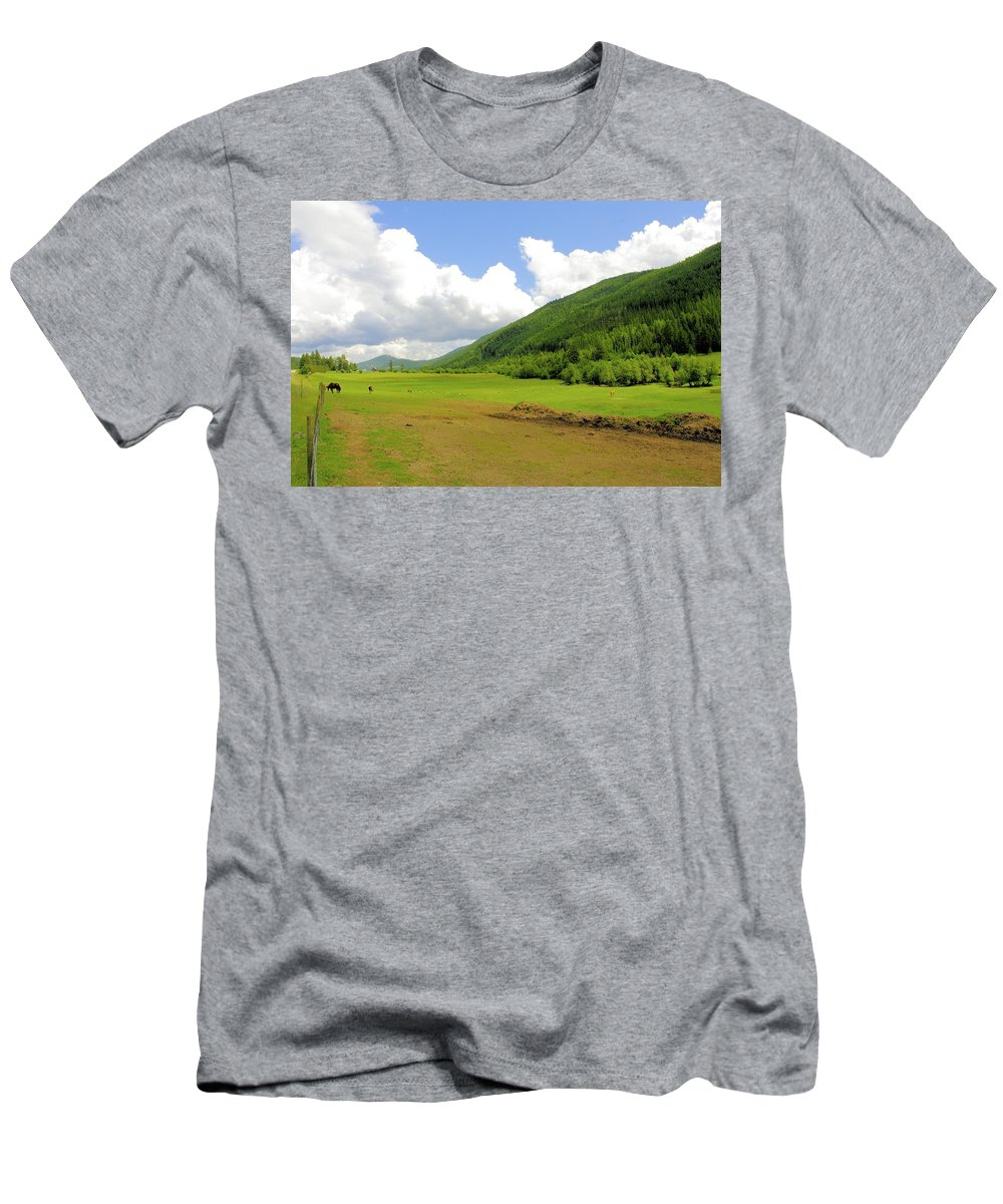 Ranching Men's T-Shirt (Athletic Fit) featuring the photograph Ranching In The Boundary by John Greaves