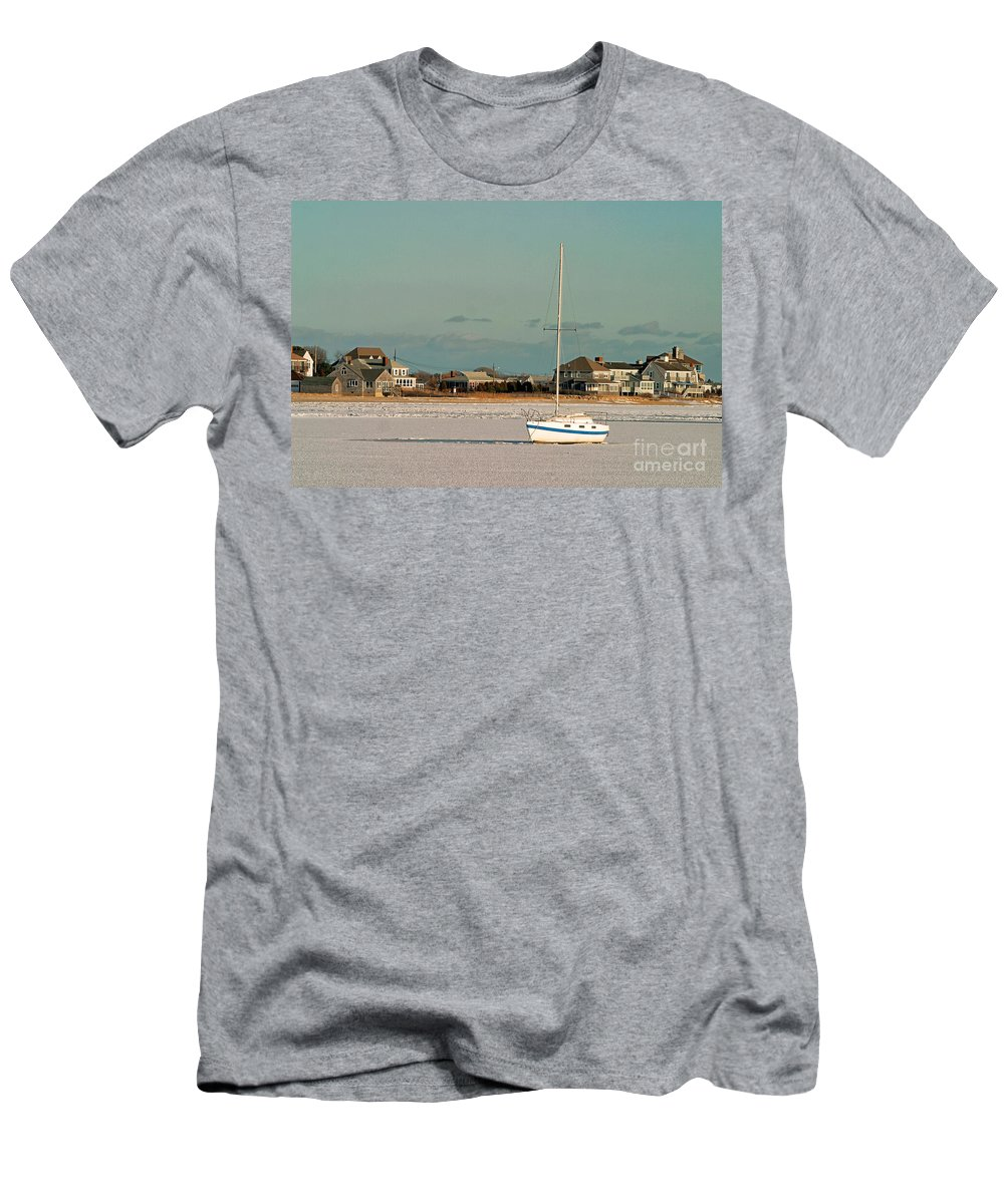 Homes Men's T-Shirt (Athletic Fit) featuring the photograph Sailboat In Frozen Hyannis Harbor On Cape Cod In Winter by Matt Suess