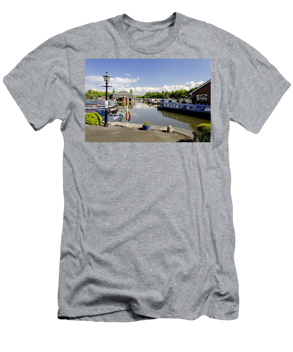 Burton On Trent Men's T-Shirt (Athletic Fit) featuring the photograph Shobnall Marina - Burton On Trent by Rod Johnson