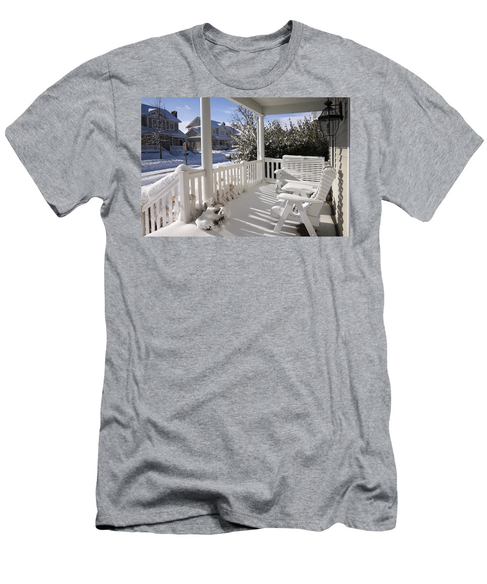Small Porch Men's T-Shirt (Athletic Fit) featuring the photograph Showy Porch by Sally Weigand