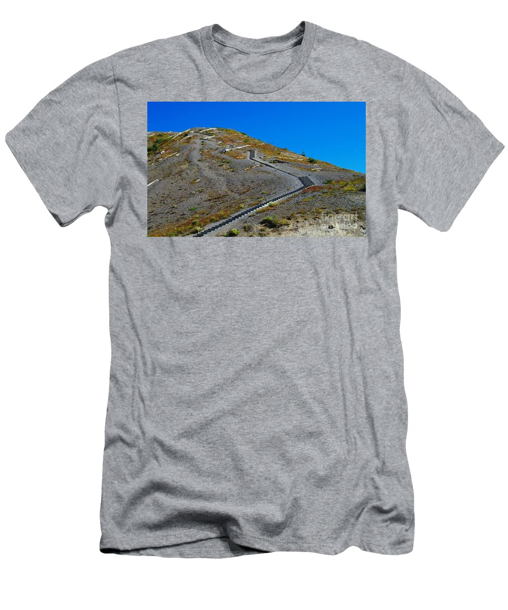 Stairs Men's T-Shirt (Athletic Fit) featuring the photograph Stairwell To Windy Point by Jeff Swan