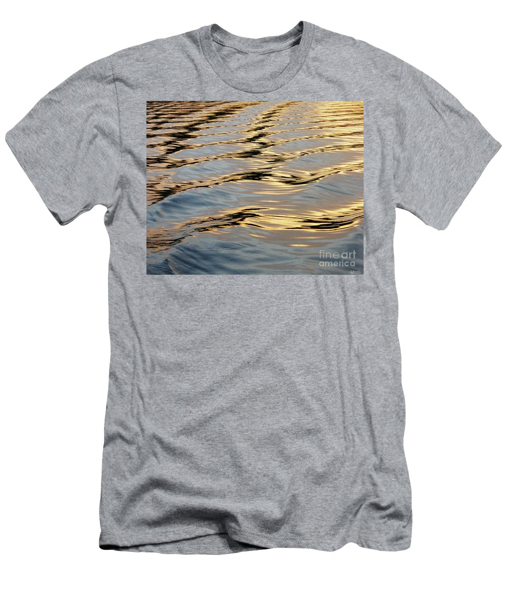 Lake Men's T-Shirt (Athletic Fit) featuring the photograph Wake by Lizi Beard-Ward